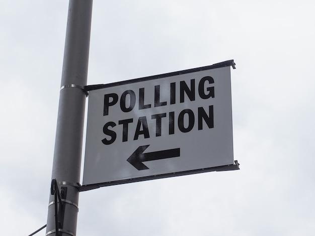 Lokal wyborczy w londynie