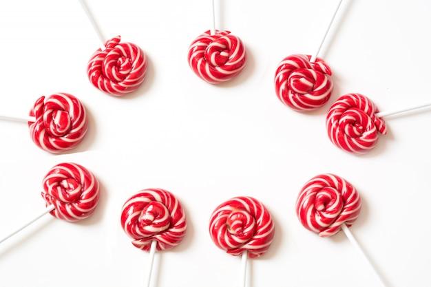 Lollipops cukierki na białym tle