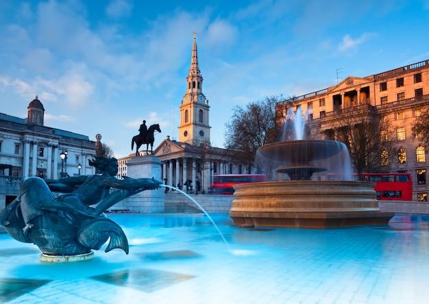 Londyn, fontanna na trafalgar square