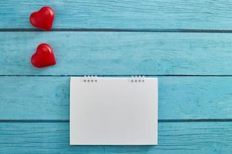 Love Heart i pusty kalendarz