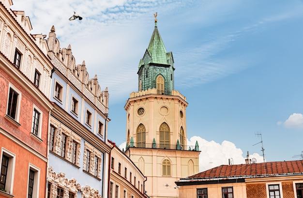 Lublin, polska - 21 lipca 2012: ulice i architektura starego miasta lublina. lublin to dziewiąte co do wielkości miasto w polsce