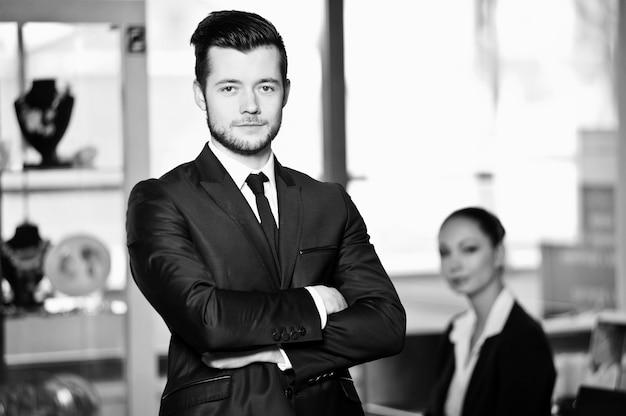 Ludzie Biznesu W Pracy W Biurze Premium Zdjęcia