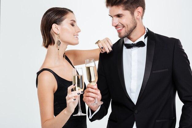 Ludzie biznesu z szampanem