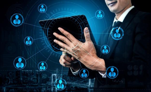 Ludzie sieci i globalnej koncepcji komunikacji