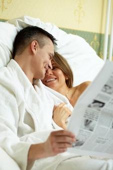 Ludzkie relacje relacji miesiąc miodowy bliskość