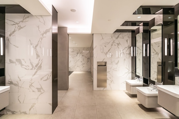 Luksusowa łazienka w centrum handlowym