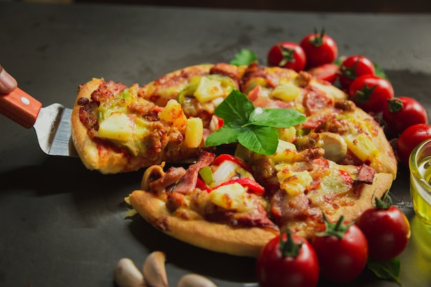 Luksusowa pizza wieprzowa