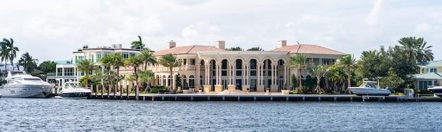 Luksusowa rezydencja na nabrzeżu w forcie lauderdale