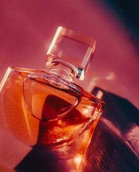 Luksusowe perfumy kosmetyczne i kosmetyki