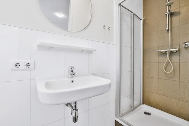 Luksusowy design baterii w eleganckiej łazience