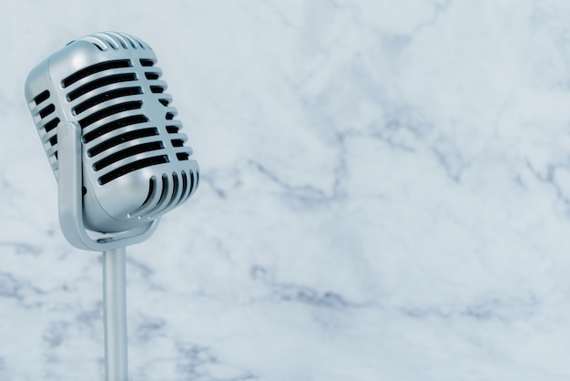 Luksusowy mikrofon retro