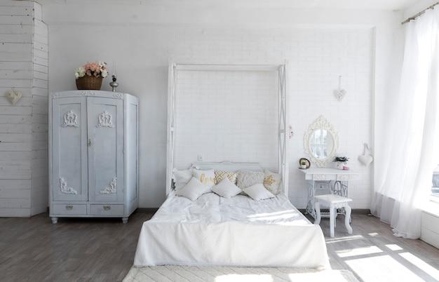 Luksusowy projekt sypialni w stylu vintage