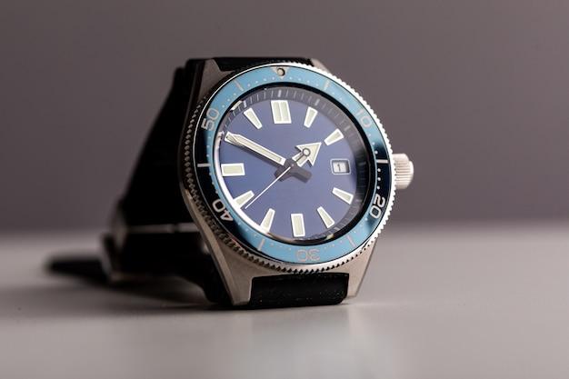 Luksusowy zegarek dla nurków