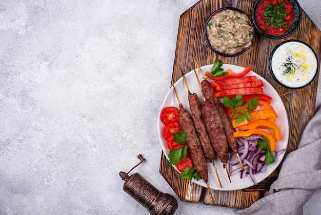 Lula kebab tradycyjne danie tureckie lub kaukaskie