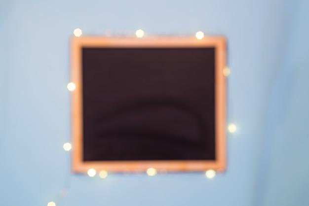 Łupkowy chalkboard szablonu menu na błękitnego papieru tle, mieszkanie nieatutowy
