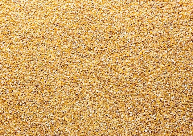 Luzem kukurydzy