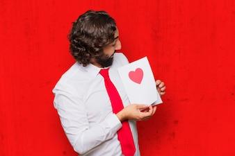 Młody szalony człowiek zakochany, koncepcja Walentynki.