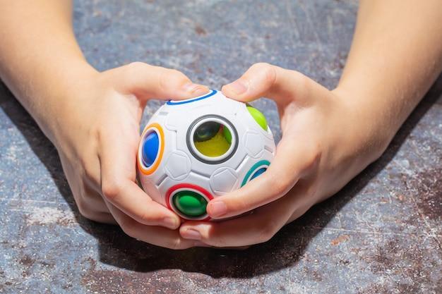 Magiczna tęczowa piłka fidget ball speed cube puzzle ball cube łamigłówki zabawka edukacyjna dla dzieci, dorosłych