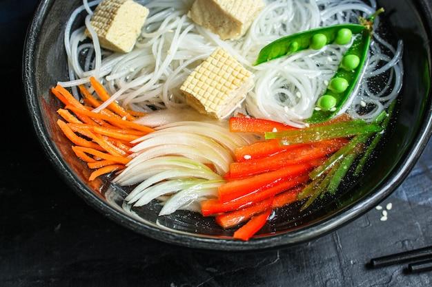 Makaron ryżowy pho makaron szklany azjatyckie wermiszel