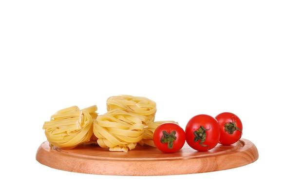 Makaron z oliwą z oliwek i pomidorami