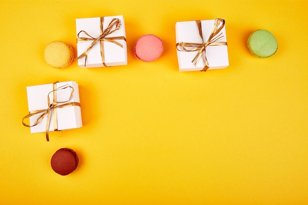 Makaronik słodki deser, prezenty