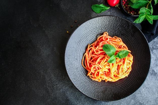 Makaronowy sos pomidorowy spaghetti