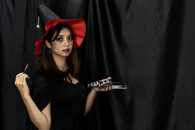 Makeup artist halloween