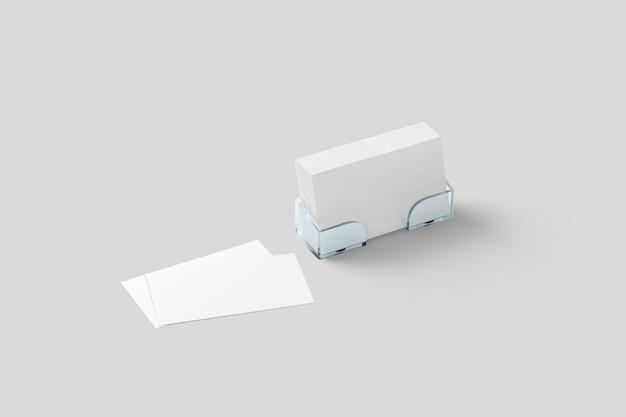 Makieta białej wizytówki w akrylowym uchwycie na białym tle