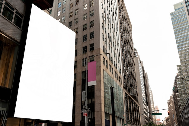Makieta billboardu w scape miasta