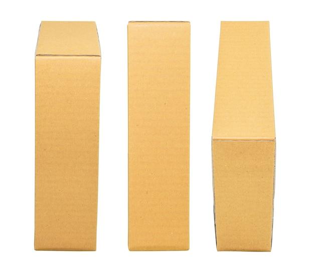 Makieta do projektowania. zamknięty brązowy karton na białym tle