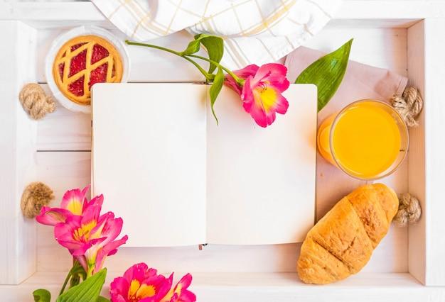 Makieta książki kucharskiej w stylu rustykalnym