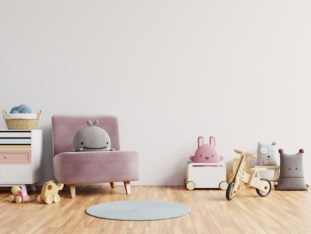 Makieta ściany w pokoju dziecięcym w białej ścianie