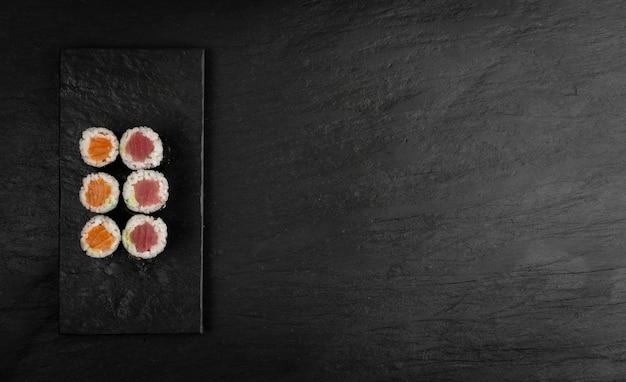 Makieta sushi maguro tuńczyka hosomaki