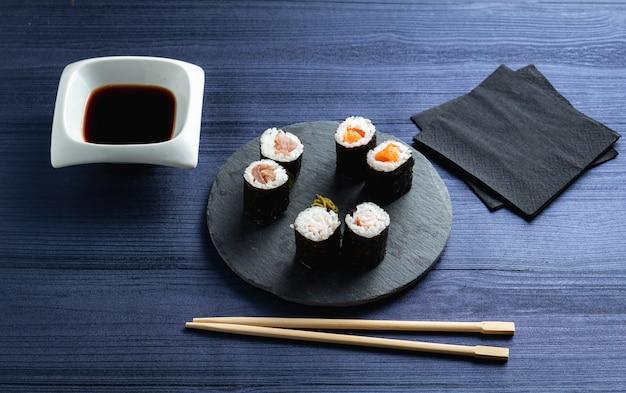 Makis w japońskiej restauracji