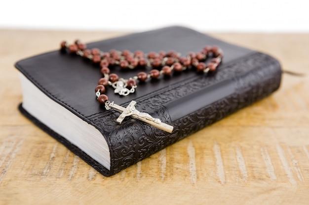 Makro biblii i różańca