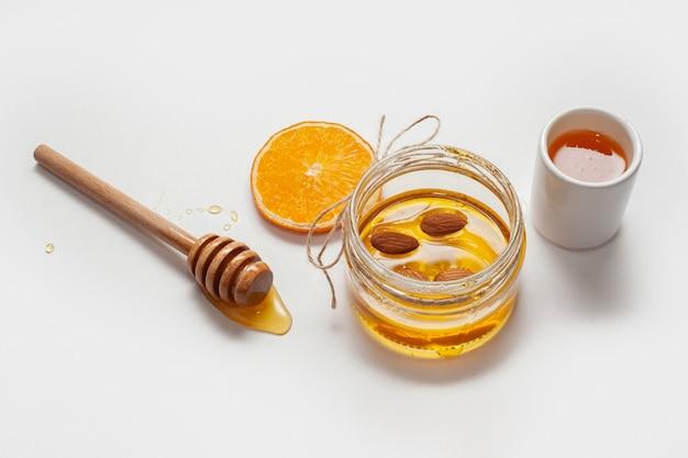 Makro domowej roboty miód z pomarańczą