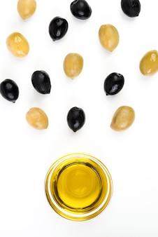 Makro oliwa ze świeżych oliwek