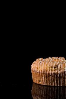Makro ręcznie robione ciasto gotowe do podania