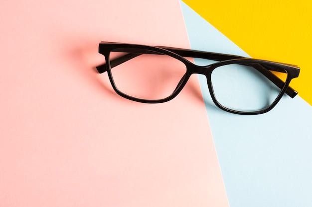 Makro retro plastikowe okulary