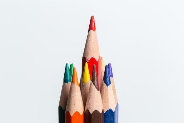 Makro- strzał koloru ołówka stosu ołówek