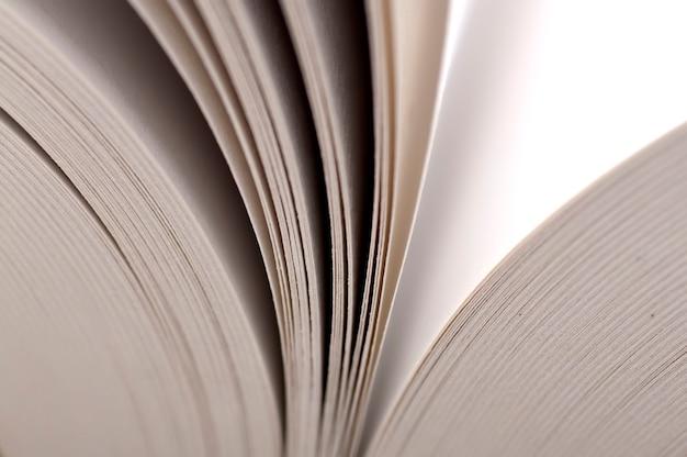 Makro widok stron książki. koncepcja edukacji