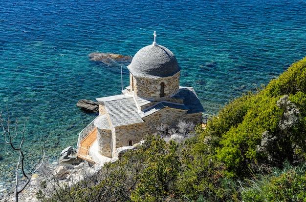 Mała kaplica w grecji
