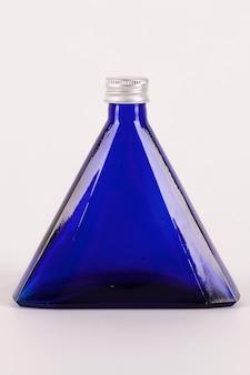 Mała niebieska butelka