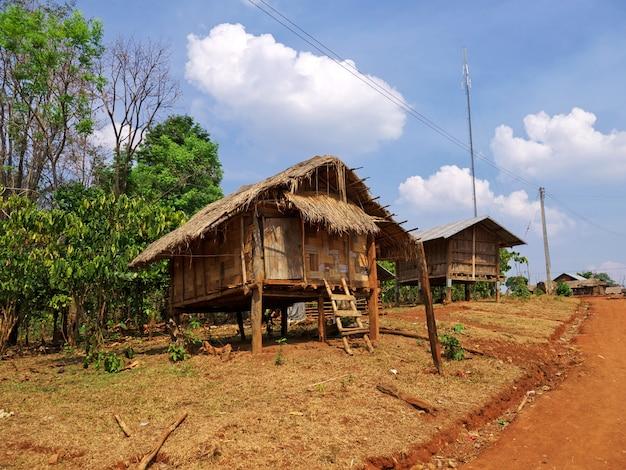 Mała wioska na południu laosu