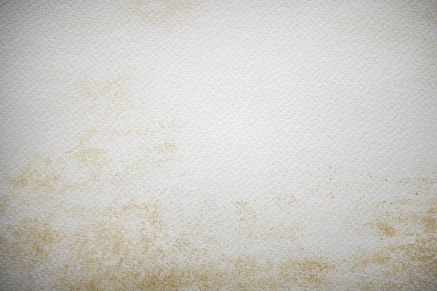 Malarstwo akwarela na powierzchni płótna