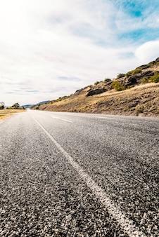 Małe drogowego w polu