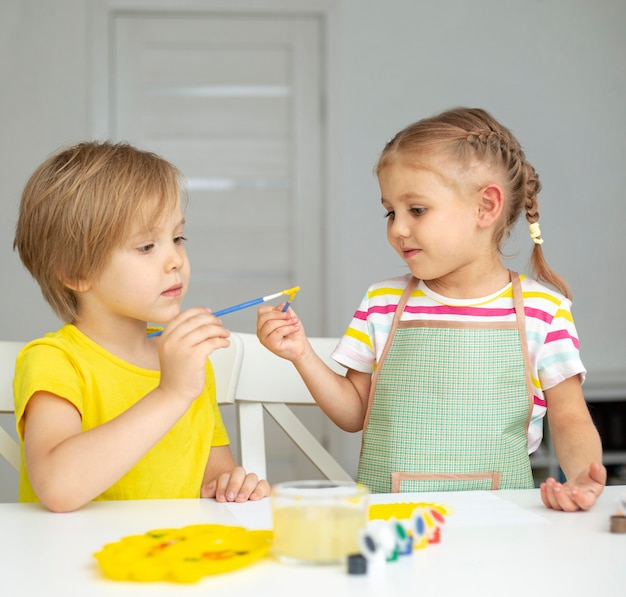Malowanie małych dzieci