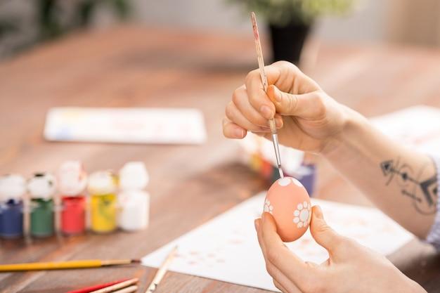Malowanie na jajku