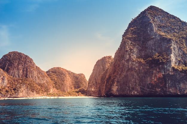 Malowniczy krajobraz morski