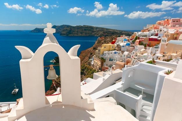 Malowniczy widok oia, santorini, grecja